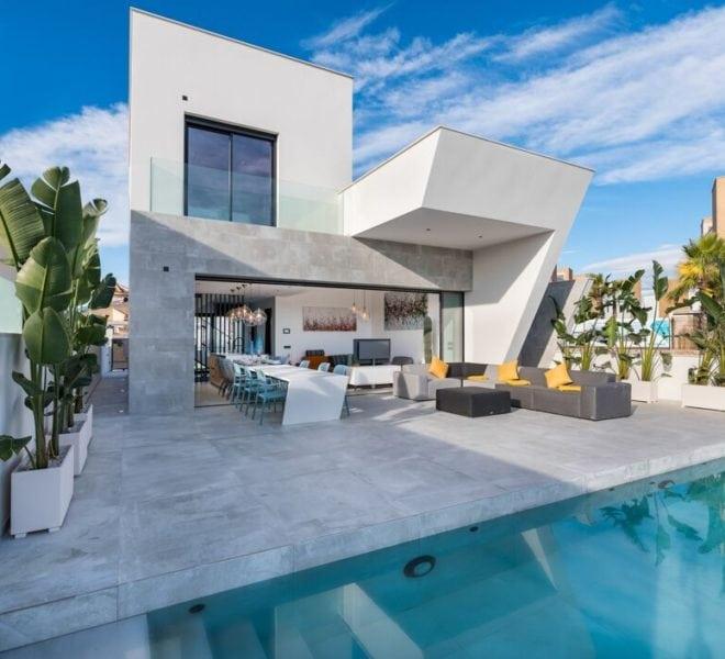 villa avec vue spectaculaire au bord d un golf
