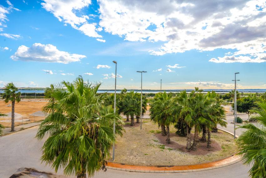 Secundo - Pierluigi Cavarra - Oasis Beach XI n94-20